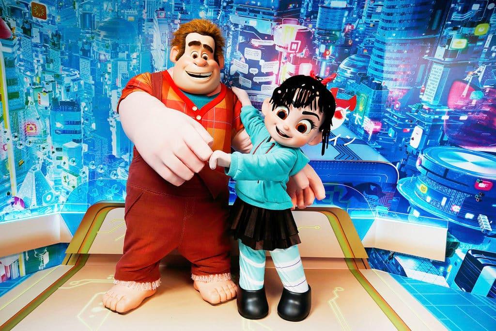 迪士尼樂園:迪士尼巨星嘉年華 《無敵破壞王2:打爆互聯網》的破壞王和雲妮露會首度現身香港迪士尼。