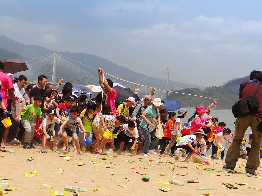馬灣東灣泳灘將埋下逾 5,000 枚復活蛋,讓大人與小孩一起獵蛋!