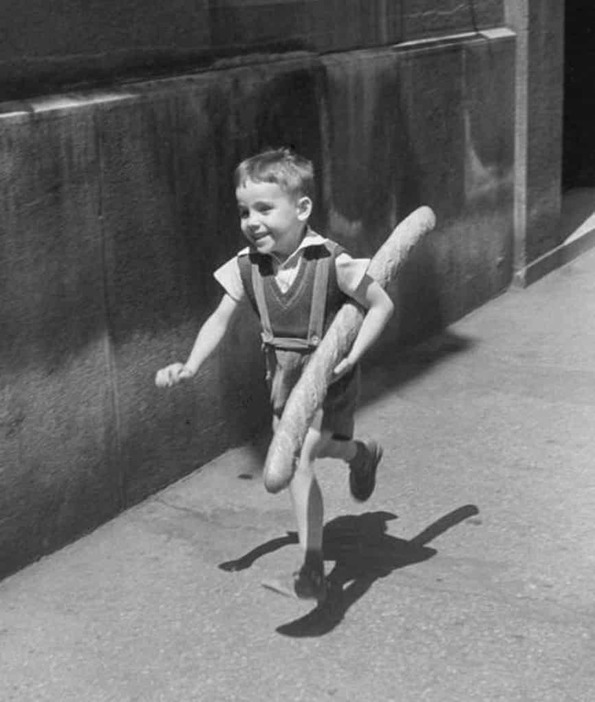 法國五月2019:維利·羅尼的攝影之旅—從巴黎走到威尼斯攝影展 維利·羅尼最膾炙人口的照片有許多彷如一則故事。