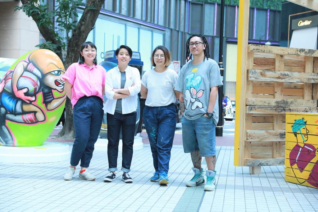 國泰航空/滙豐香港國際七人欖球賽FanWalk 4 位新銳藝術家設計四款別具風格的街頭藝術裝飾。