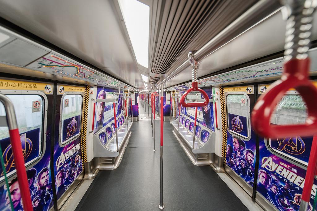 復仇者聯盟列車登陸港鐵荃灣線 《復仇者聯盟4︰終局之戰》包起整架港鐵作宣傳。