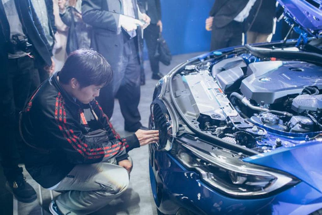 BMW LOFT3體驗之旅 「BMW LOFT3」體驗之旅展示第 7 代 BMW 3 Series 的功能。