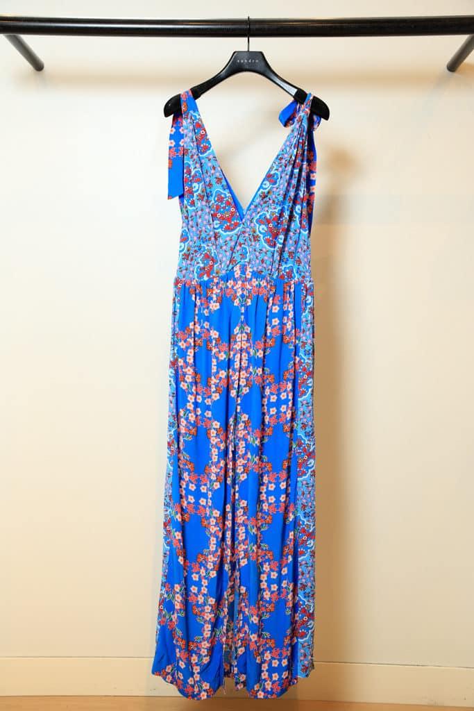 東薈城名店倉:春色傘樂處處雨傘藝術裝置 Max Mara 拼布百褶連衣裙低至5折出售。