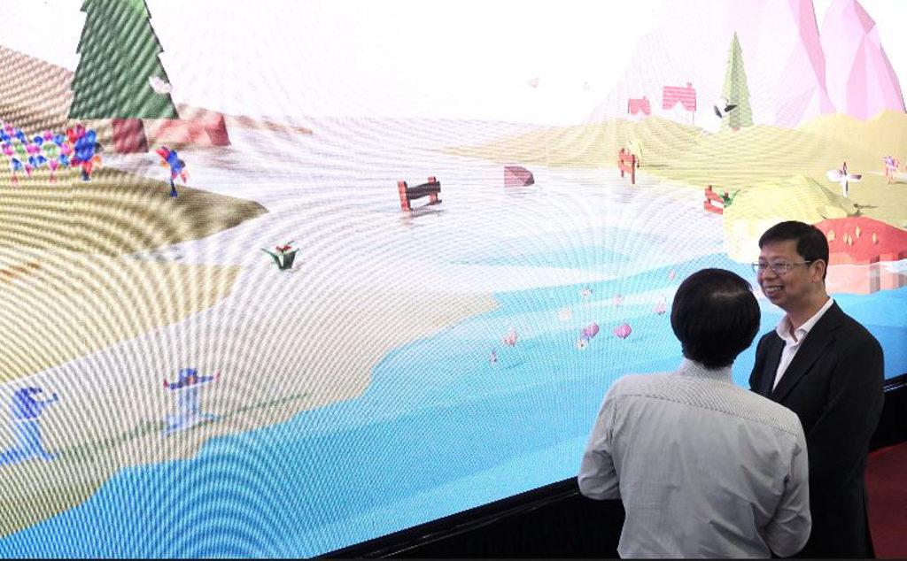 海洋公園:識水嘉年華2019 嘉年華內設有大型電子屏幕顯示的「色水‧飾河」3D 互動河流繪畫創作。