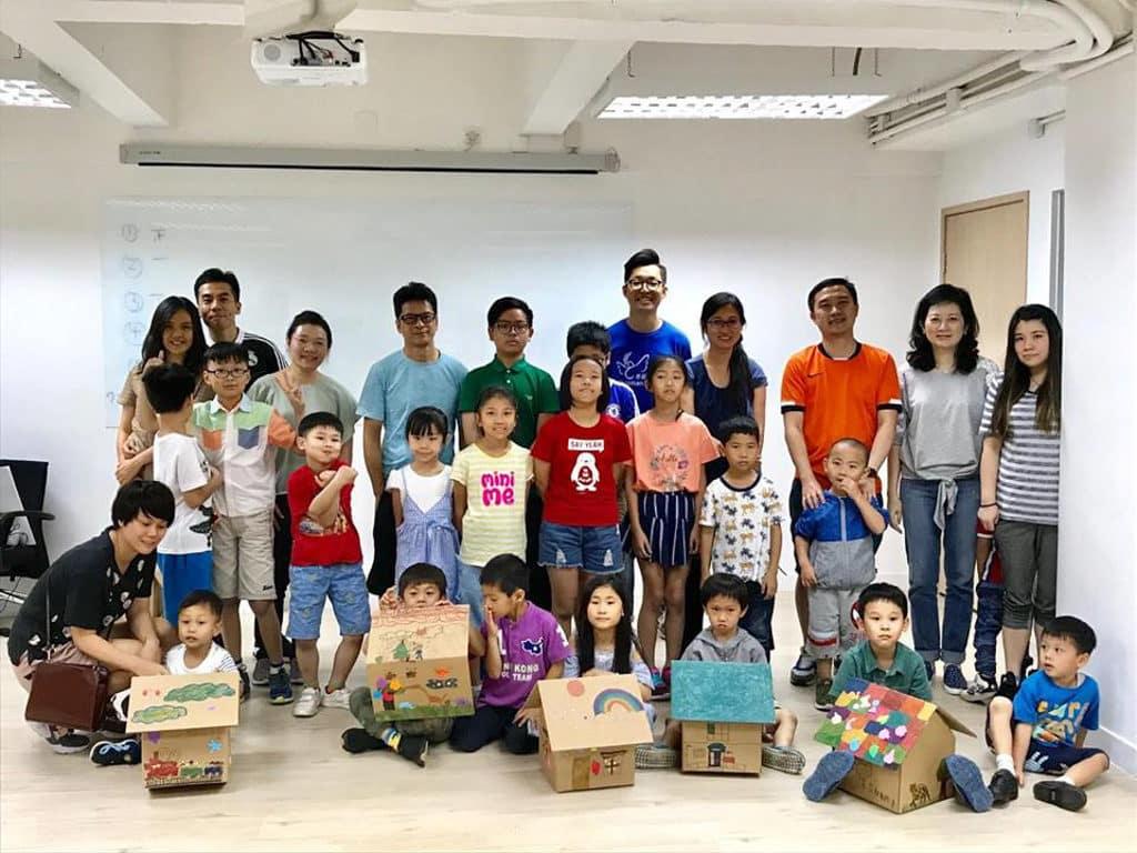 D‧PARK愉景新城:家+家有愛慈善嘉年華 迷你紙皮屋工作坊,讓參加者創作獨一無二的紙皮屋。