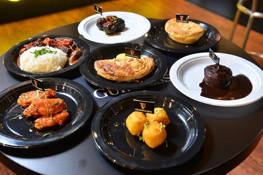 K11:GUINNESS「Connoisseur Bar 醇黑體驗館」-為襯托出醇黑生啤的獨特烤麥香與幼滑口感, GUINNESS 特別帶來多款愛爾蘭特色小食,並以 GUINNESS 黑啤入饌。