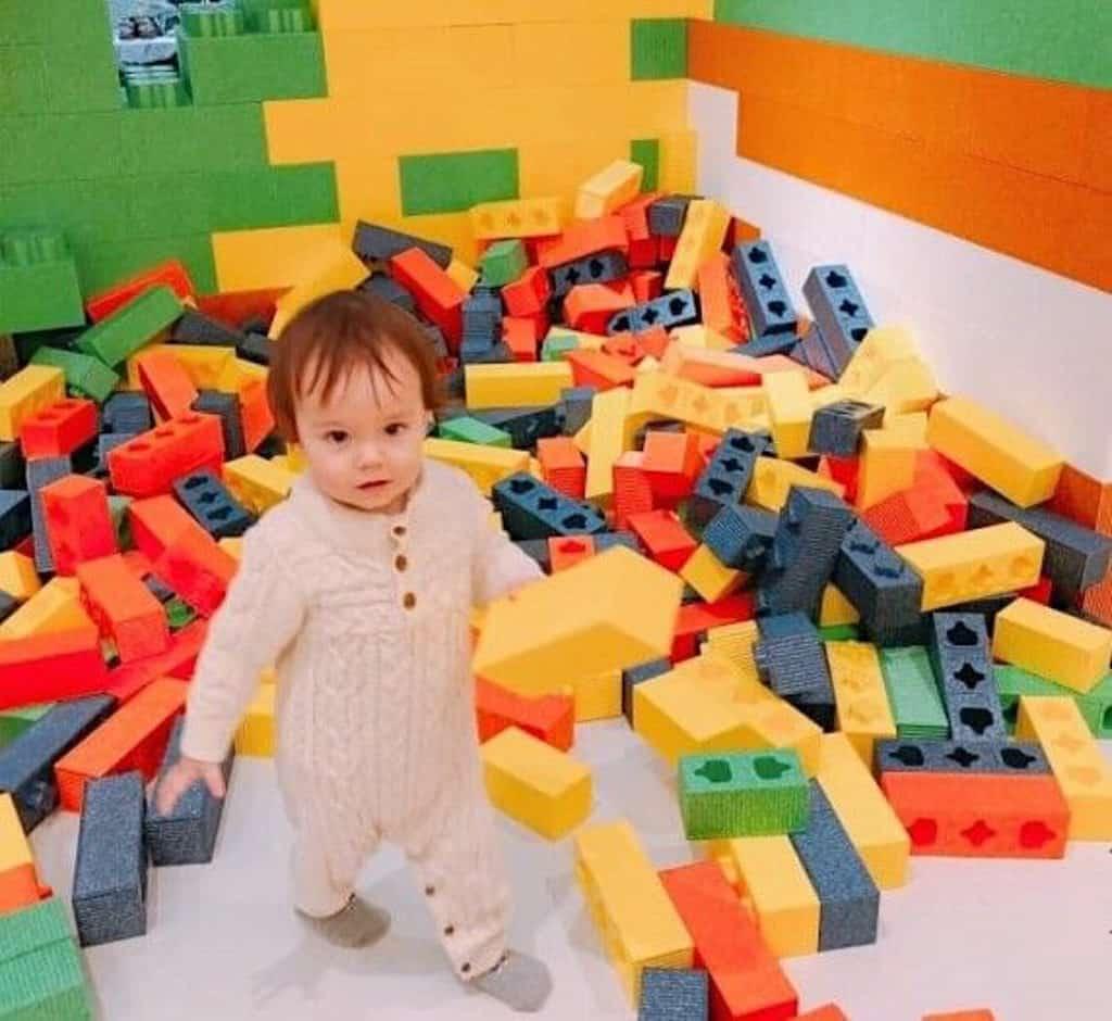 "D‧PARK愉景新城:""Maker Park"" 兒童創造館 巨型積木採用對人體無害的EPP材料。"