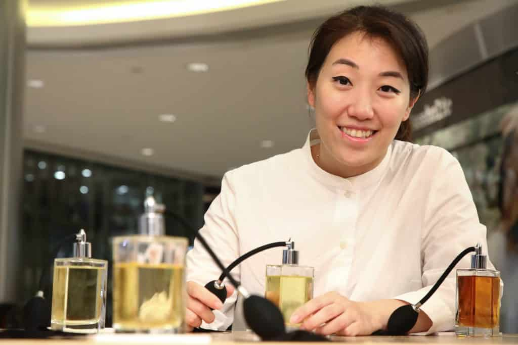 將軍澳TKO Gateway:嚐味體驗館 翟凱怡(Jacqueline Chak)用無形的香味喚起參觀者的香港情懷。
