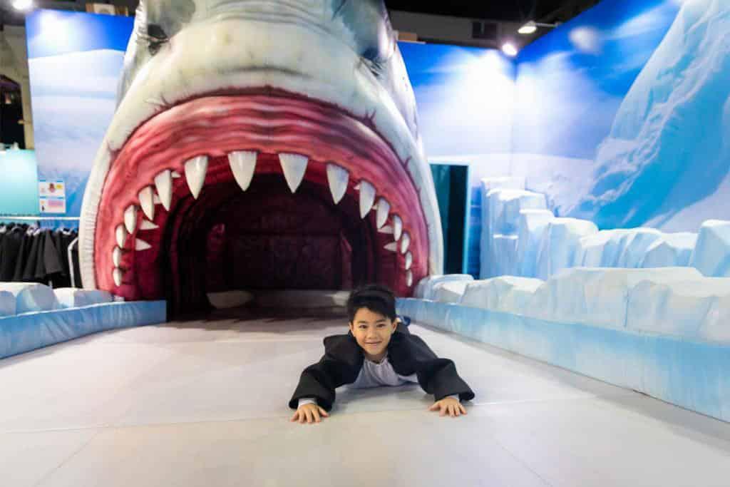 MegaBox:變變變!MOVE生物體驗展 逃過接近4米高鯊魚的血盆大口