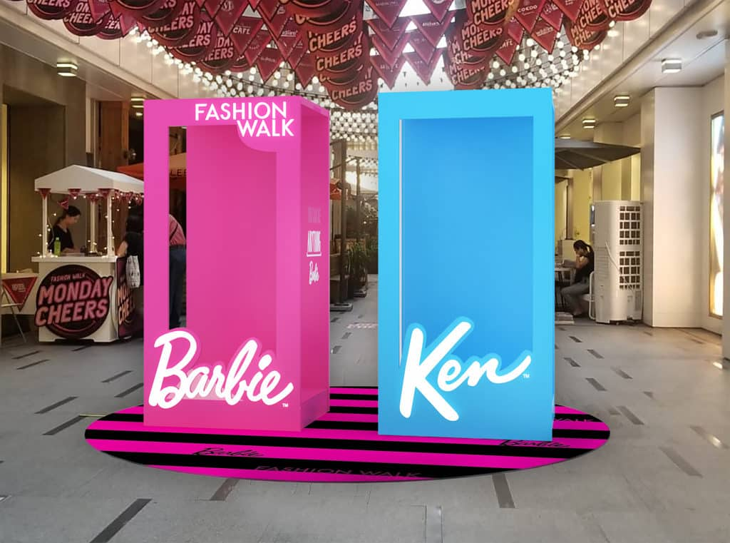 """恒隆地產商場:Barbie """"You Can Be Anything"""" 巨型公仔箱讓大家化身成為Barbie和Ken於街頭盡情打卡。"""