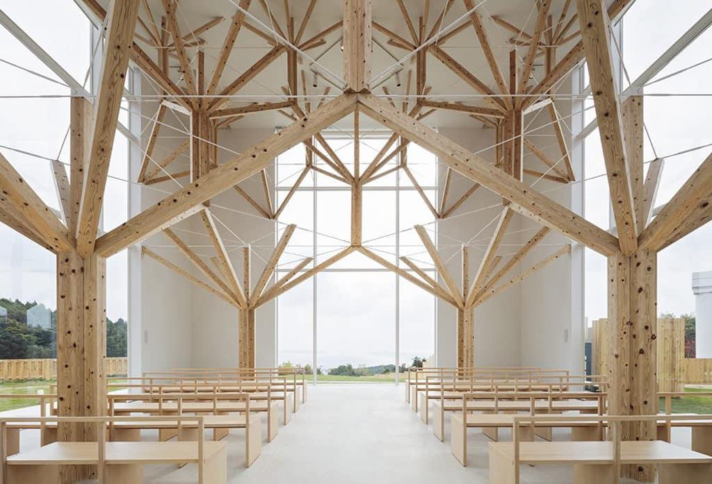 茂蘿街7號:「壹物 - 現代設計力」展覽 展覽展出來自亞洲各地的 90 多件以竹、木、紙為材的作品。