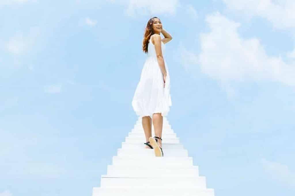 海賊深信命運掌握在自己手,所以 the pulse 在會場內建造「天國的階梯」,每個參加者都可登上天梯向天空向海洋吶喊起勢。