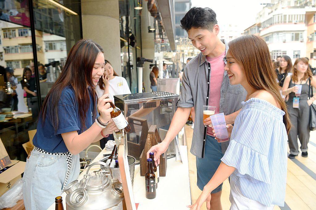 T.O.P 旺角啤酒節「SUMMER BEER JAM」現場會提供來自 16 個香港品牌、超過 100 款的香港手工啤酒。