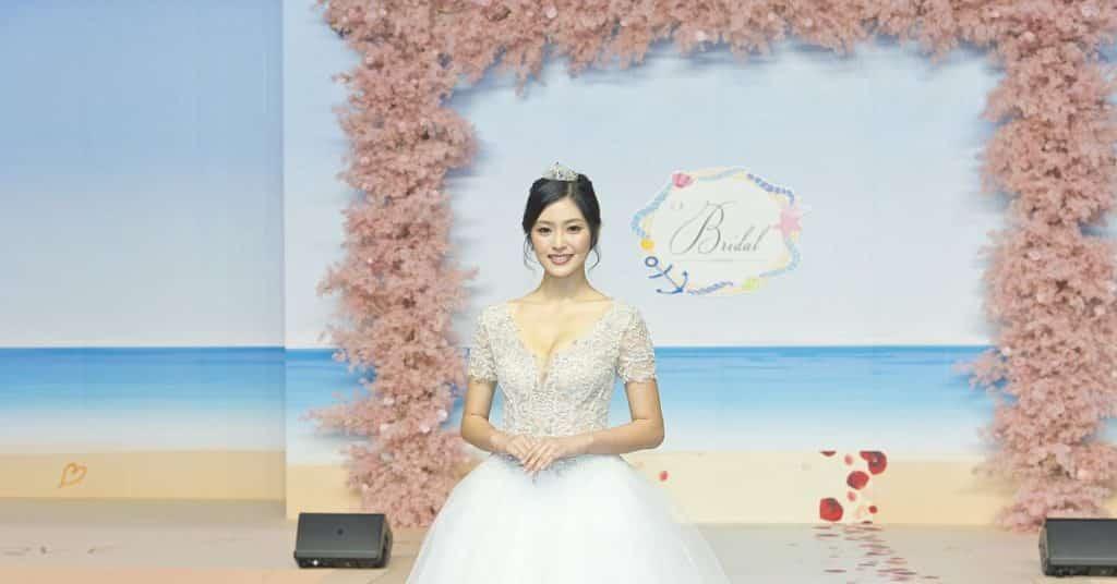 第 96 屆香港結婚節暨夏日婚紗展將於 2019 年 8 月 9 至 11 日在灣仔會展浪漫上演。