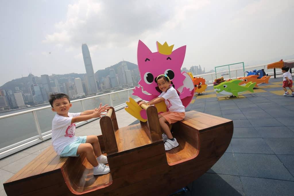 Baby Shark主題超級鯊魚「游」樂場|海港城與Pink Fong聯手打造 超級鯊魚「游」樂場在海運觀點及海運大廈露天廣場舉行。