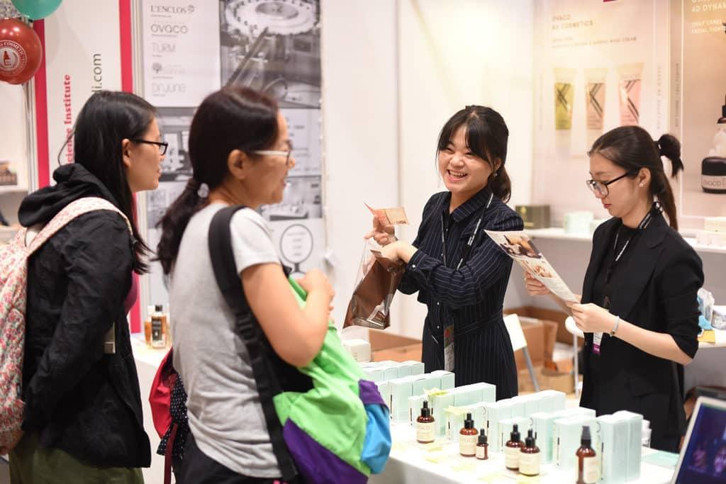 美與健生活博覽 2019 將匯聚超過 100 家展商,涵蓋化妝品、護膚產品、護髮用品及保健產品等。