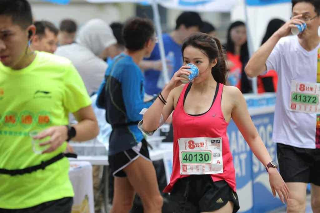 黃道益活絡油香港街馬 2020 香港街馬過往吸引不少跑手參賽。