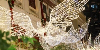 利東街:Wings of Christmas