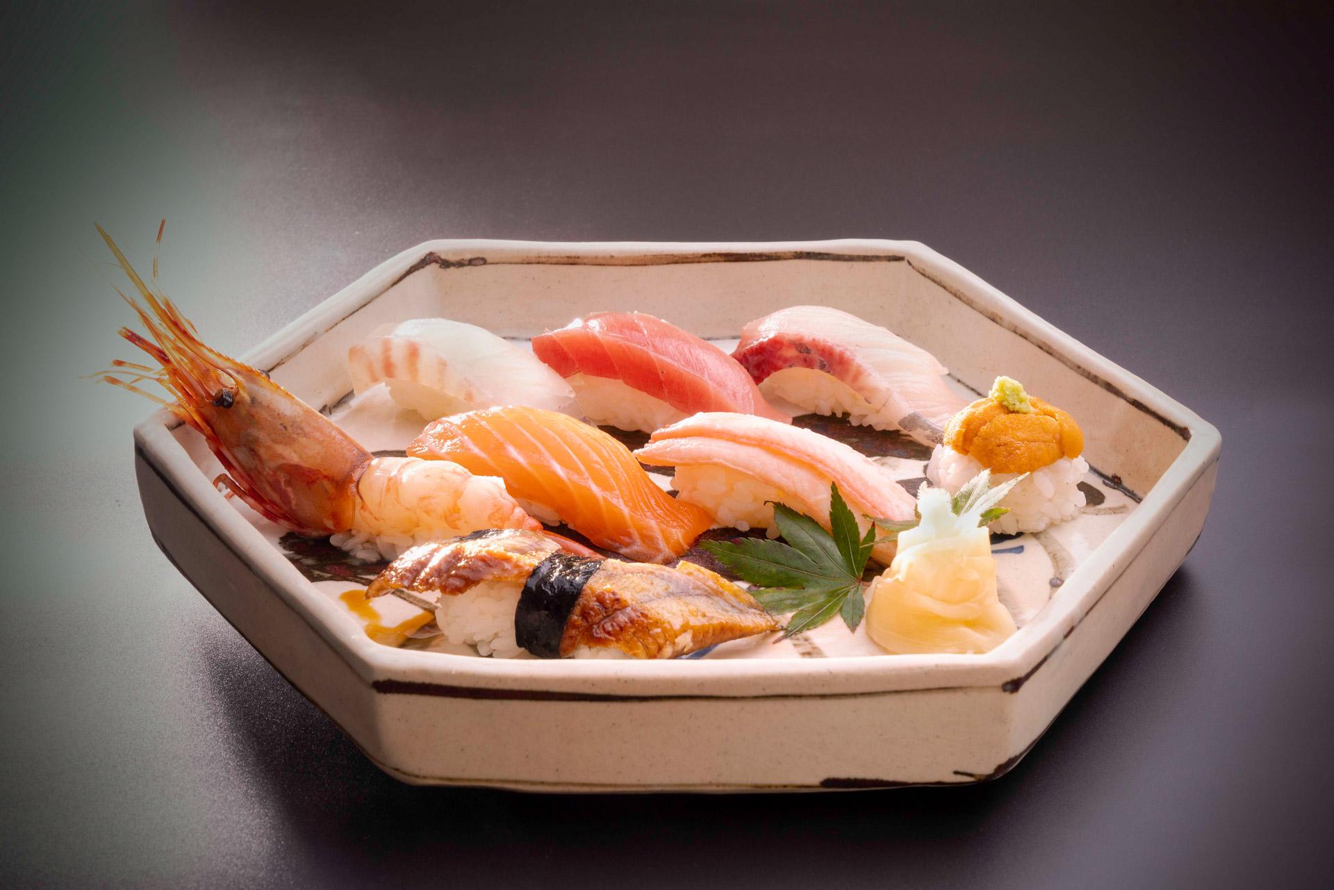 K11母親節限定網上購物平台 頑固壽司 廚師發板晚市套餐 (堂食)每位港幣 720 元