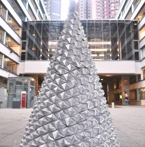 PMQ:JUNGLE ALL THE WAY「紙包」樹林•迎「摺」聖誕