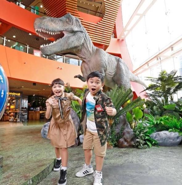 MegaBox:Jurassic World 大型裝置恐龍展