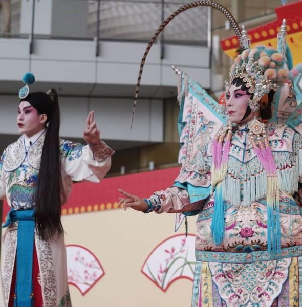 香港機場:演藝粵劇新秀放異彩