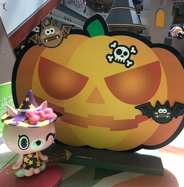 大本型:Halloween嘩鬼遊樂園