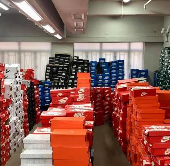 觀塘開倉:Oh Mart 聖誕波鞋 Bazaar Sale