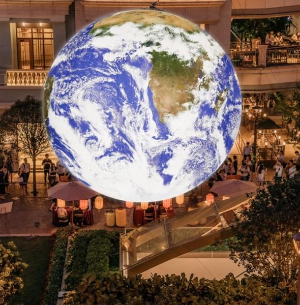 利東街:自轉「地球」藝術裝置